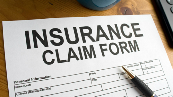 Difference Between Mobile Phone Insurance & Damage Protection Plan