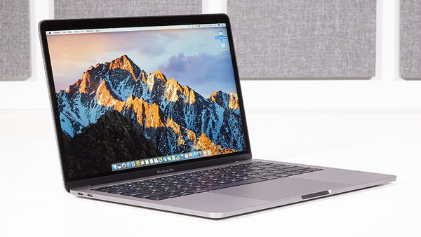 Review: 2016 MacBook Pro Without Touchbar