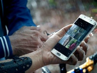 Tips to safeguard your smartphone this monsoon