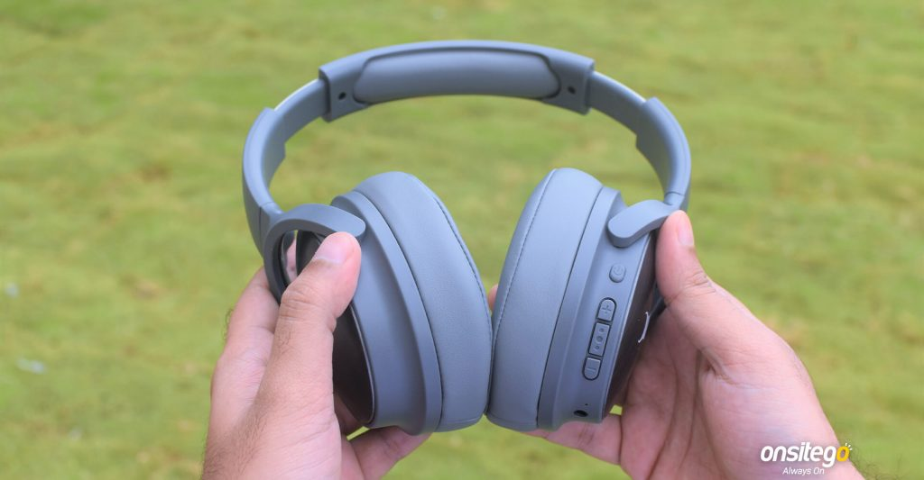 Fastrack Reflex Tunes F01