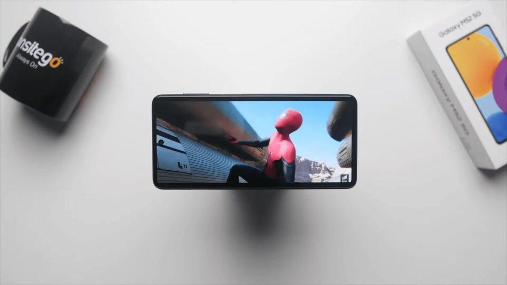Samsung Galaxy M52 5G 120Hz Super AMOLED Display