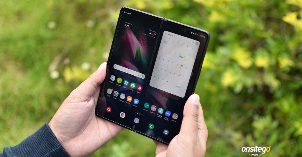Samsung Galaxy Z Fold 3 Unfolded Home Screen